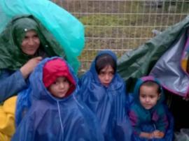 Des baskets pour les migrants à Calais - vignette