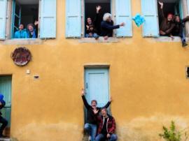 Des habitants solidaires rénovent un logement social en Cévennes - vignette